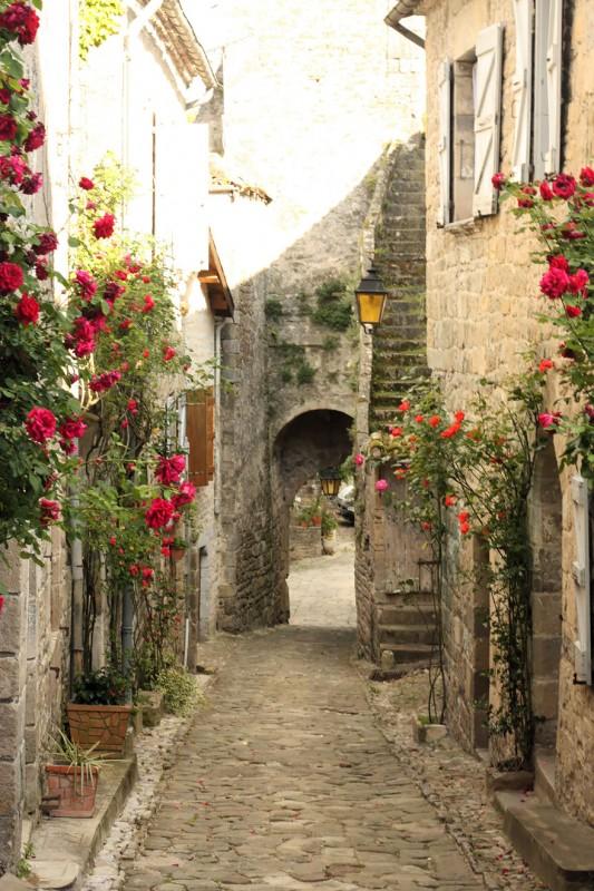 #17 Village De Penne, France