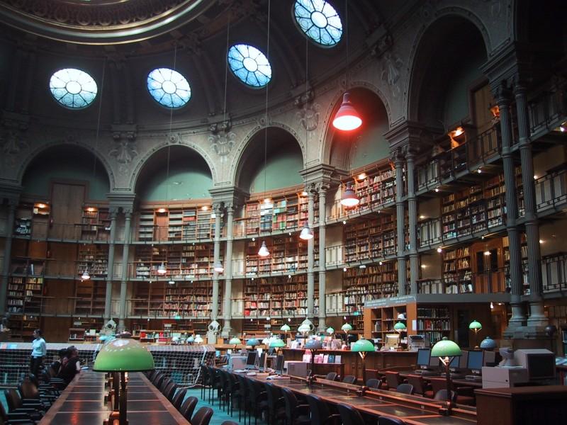 Bibliotèque_nationale_de_France_site_Richelieu_salle_ovale