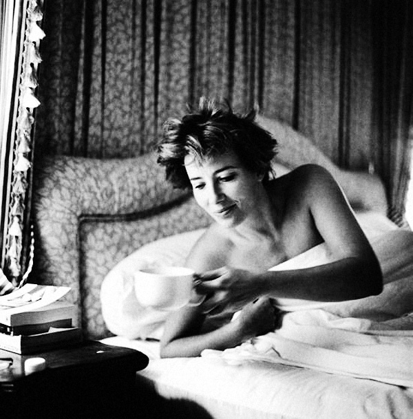 """""""Жените преди 10 сутринта"""" на Вероник Виал"""