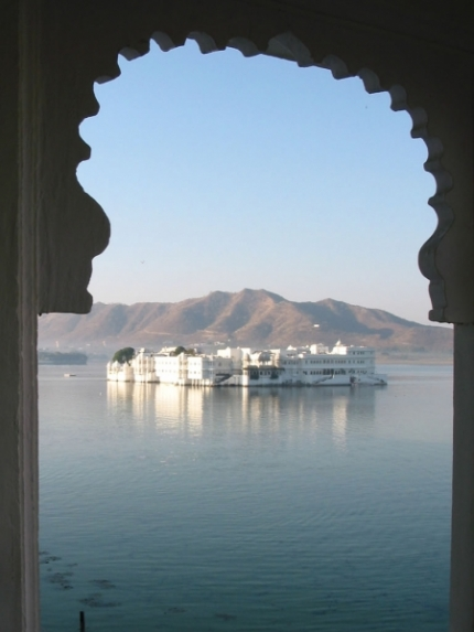 Lake Palace Hotel in Udaipur, India 2