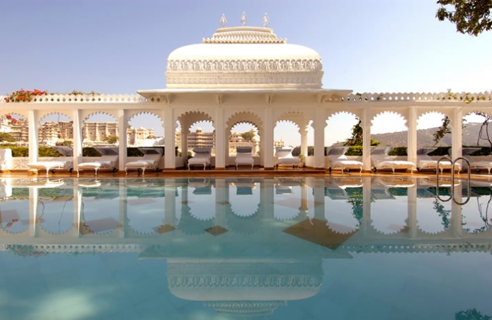 Lake Palace Hotel in Udaipur, India 3