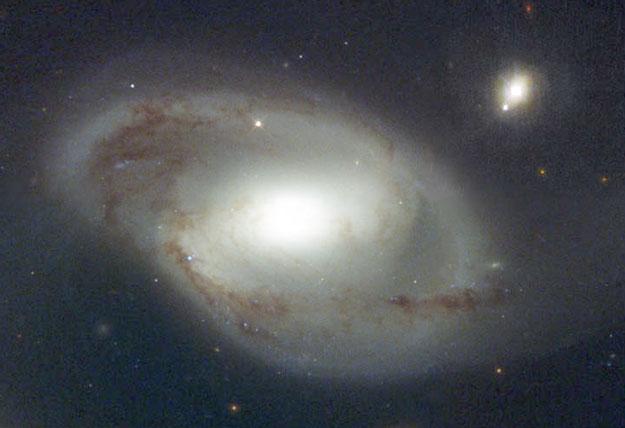 Ngc4319_quasar