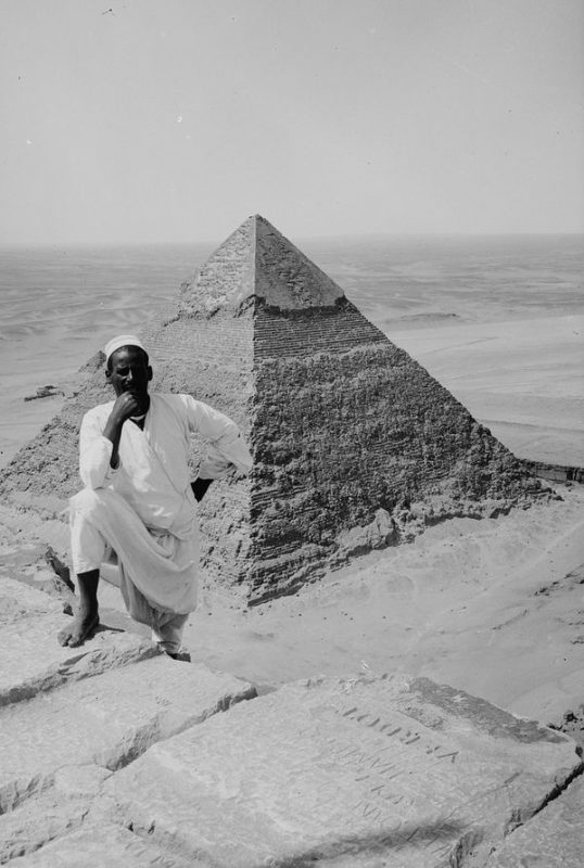 Photos of Ancient Egyptian Monuments More Than 100 Years Ago (2)