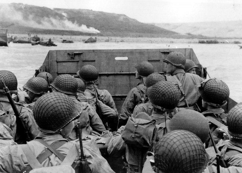 WWII_war_Approaching_Omaha