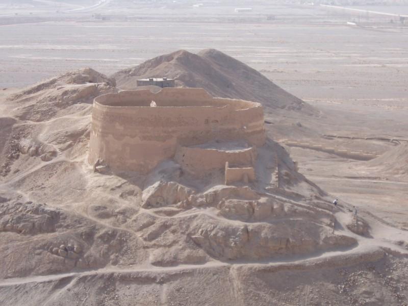 Zoroastrian_Towers_of_Silence_outside_Yazd,_Yazd_province,_Iran