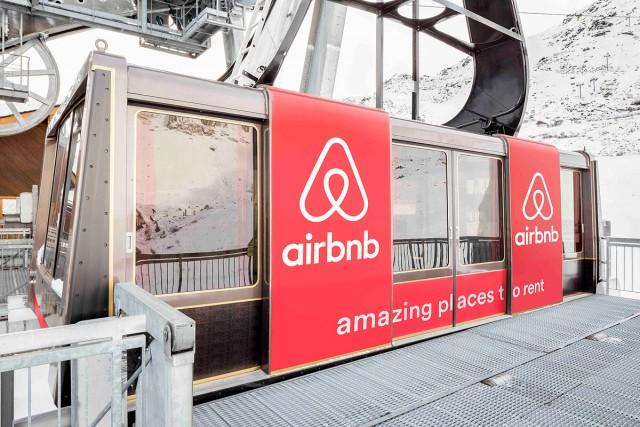 airbnb-swisslift-wcth06