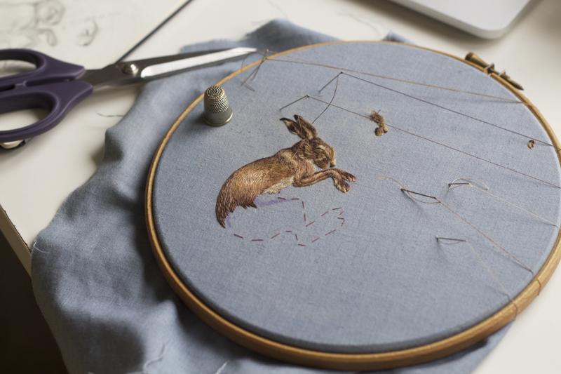 Хлои Джордано бродира илюстрации