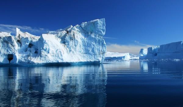 icebergs_panorama