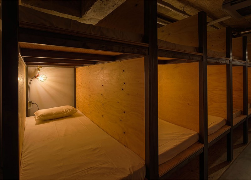 library-hotel-book-bed-05