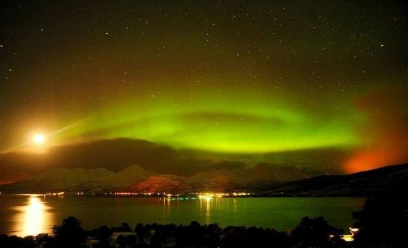 midnight-sun-aurora-polar-day