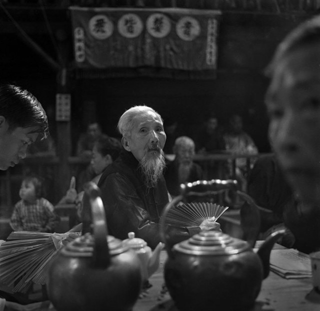 street-photography-hong-kong-memoir-fan-ho-211-640x623