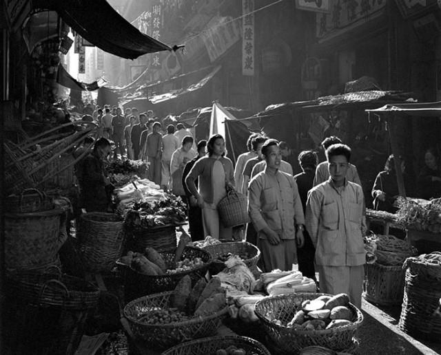street-photography-hong-kong-memoir-fan-ho-45-640x516