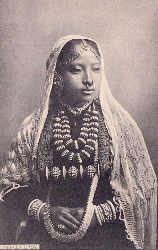 vintage-women-beauty-1900-1910-63__605