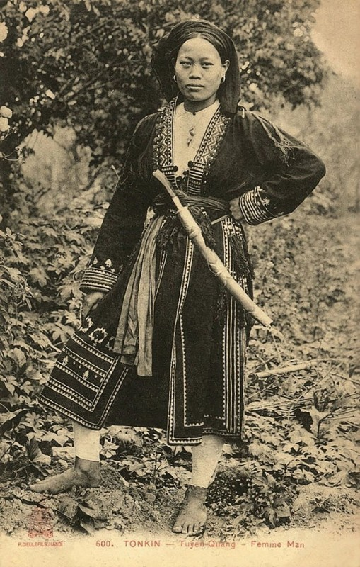 vintage-women-beauty-1900-1910-71__605
